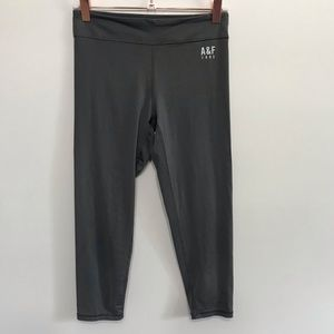 Abercrombie & Fitch Gray Crop Leggings XS